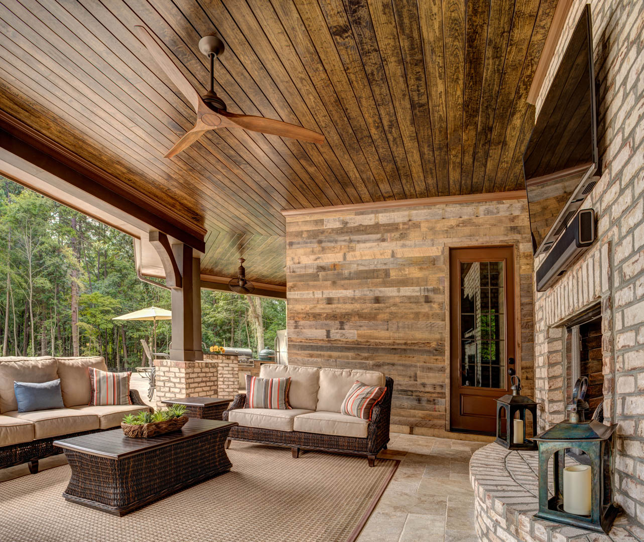 Pano7-Outdoor Living 4